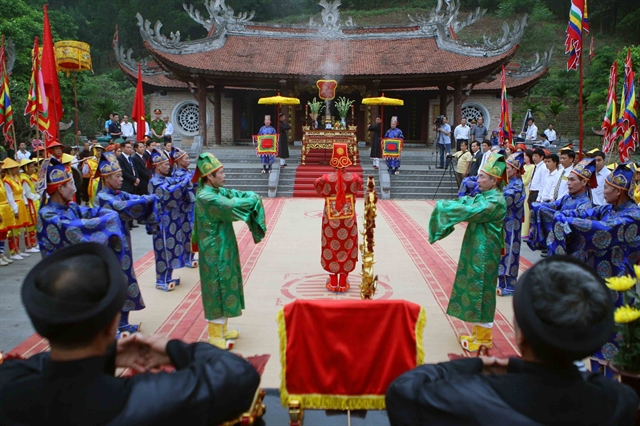 National festivities celebrate the Hùng Kings