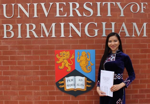 Tày woman reaches academic success