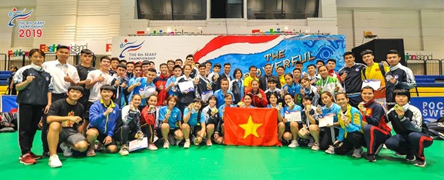 Việt Nam dominate regional karate champs