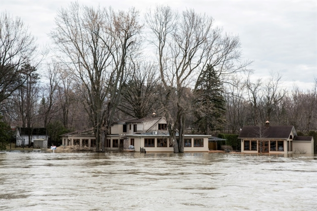 Extensive flooding in eastern Canada forces evacuations