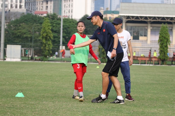 Akira to help Việt Nams young footballers