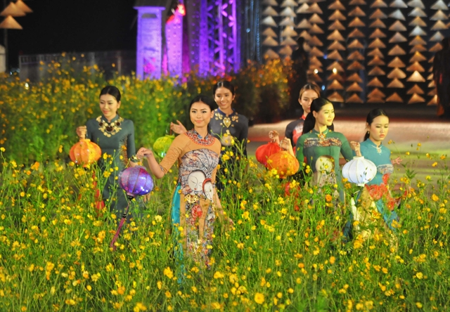Huế offers 7 festive days of crafts and music