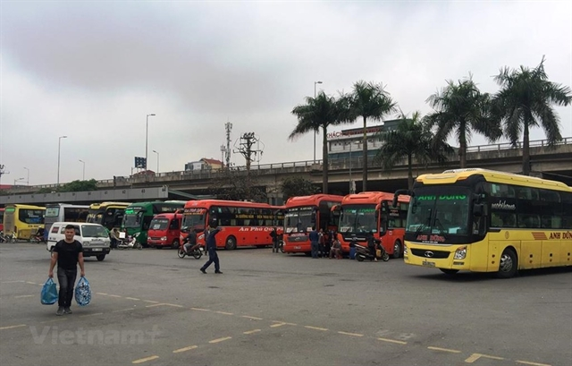 Hà Nội adds more coaches for upcoming holidays