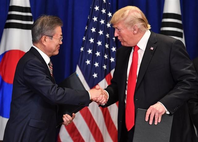 S.Korea President Moon to meet Trump ahead of apparent talks with N. Korea