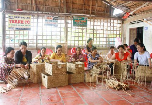 Cần Thơ to provide job training for ethnic minorities