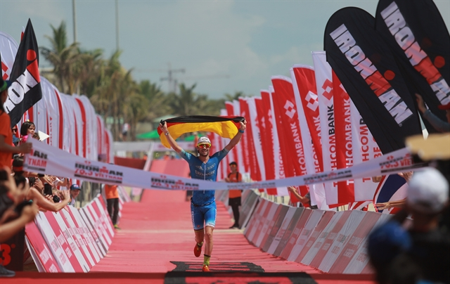 Lange Lawrence triumph at  Techcombank Ironman Championship