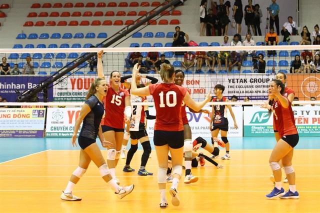 BIB defeat Đức Giang Hà Nội in intl volleyball event