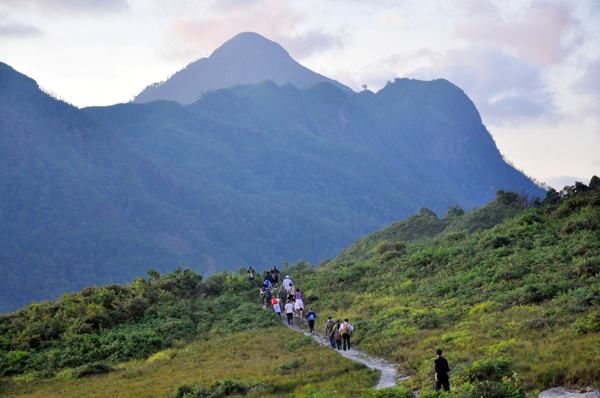 Lào Cai a top destination for mountaineers