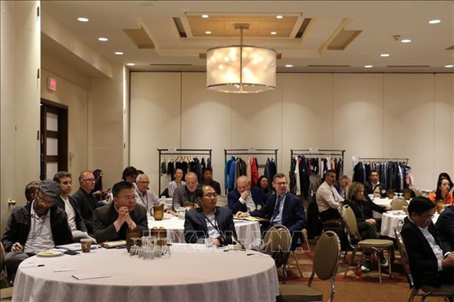 Vietnamese firms strive to increase apparel exports to Canada