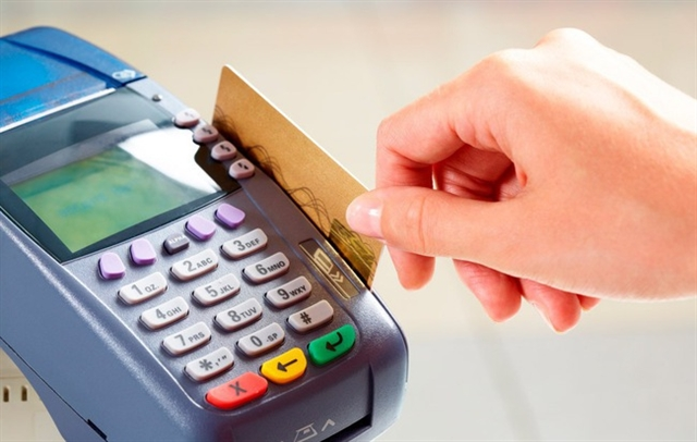 High profits lead to stiff competition in credit card market