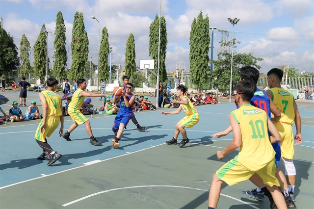 156 teams compete in HCM City inter-school basketball tournament