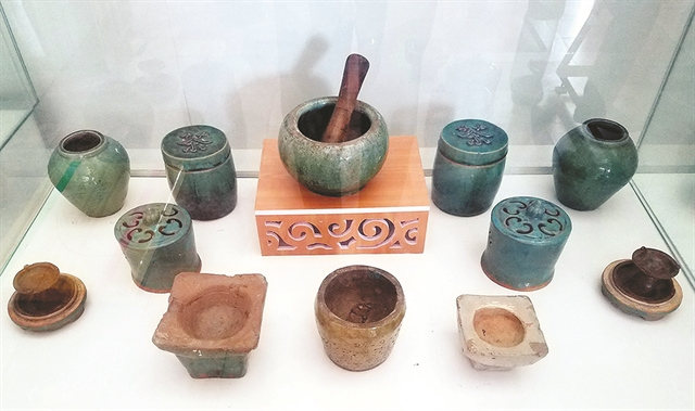 Exhibition showcases Bình Dươngs ceramic elite