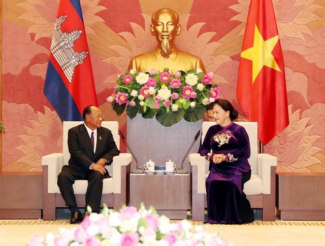 Top Vietnamese Cambodian legislators hold talks