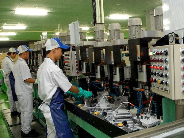 Việt Nams PMI at four-month high as employment rises