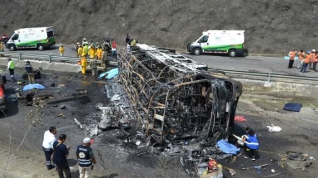 21 killed in fiery Mexico road accident: officials