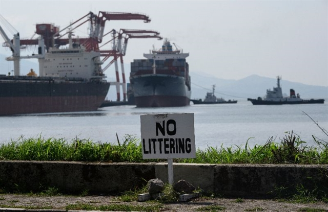 Philippines ships dumped trash back to Canada