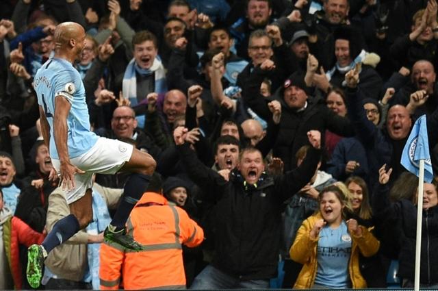 Captain Kompany keeps Man City on course for Premier League title