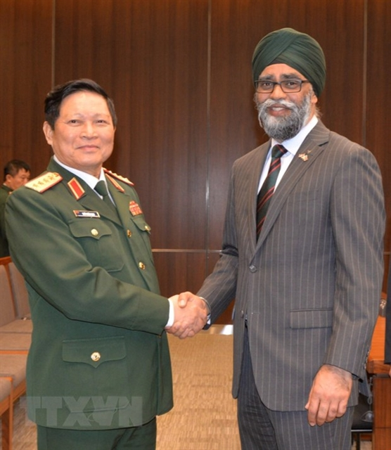 Việt Nam Canada eye stronger defence ties
