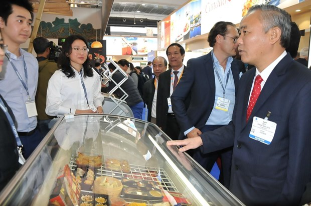 Việt Nams seafood sector promotes products at Brussels expo