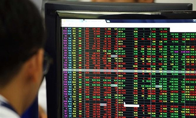 More than 350 foreign investors join VNs securities market in April