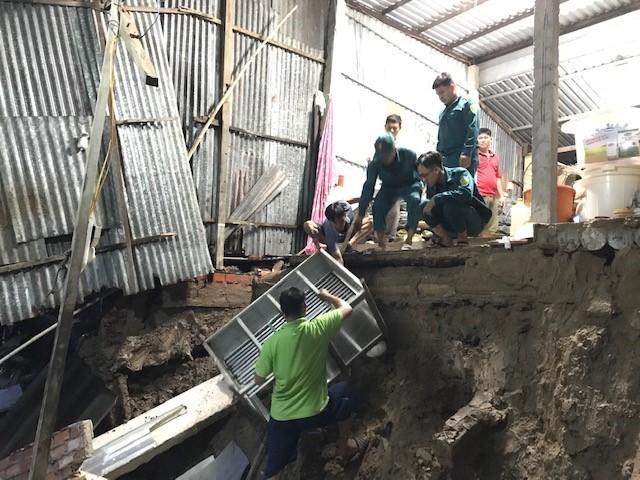 Landslides cause huge losses in Cà Mau