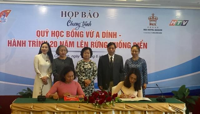 Vừ A Dính Scholarship Fund raises 1.5 million