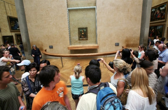 Louvre opens bookings for blockbuster Leonardo show in October