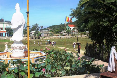 The 160-year-old pagoda on Chàm Island
