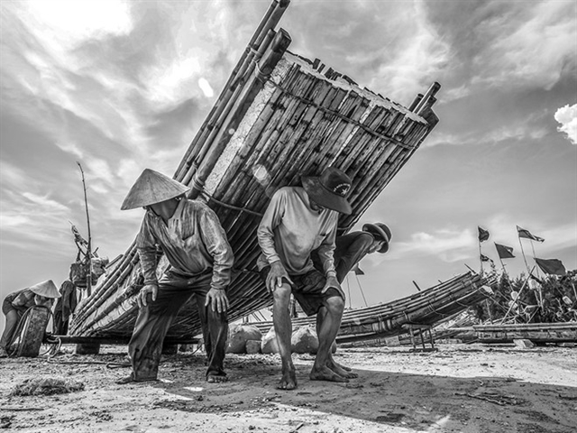 Museums exhibition features photos on Vietnamese seas