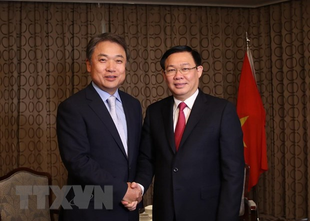 Deputy PM updates RoK investors on Việt Nams policies