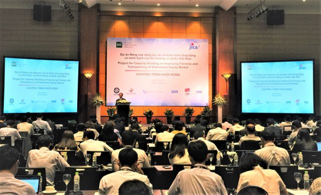 Japanese helps VN to improve equity market transparency