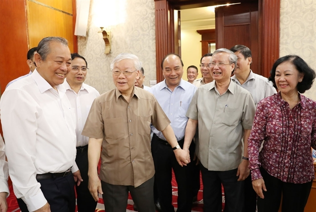 Party General Secretary-President chairs Politburo meeting