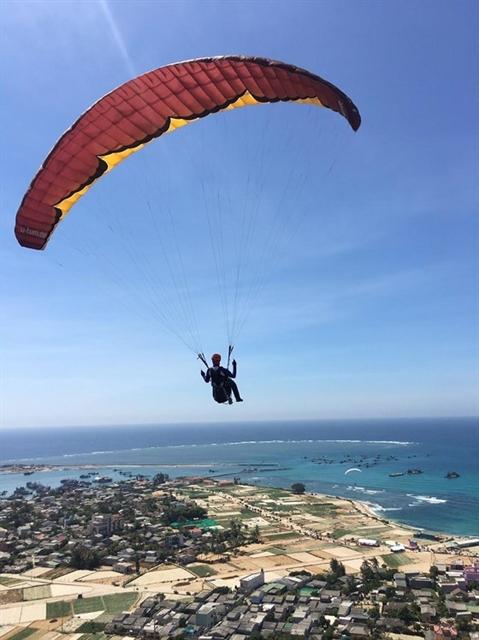 Park Joon Seok wins international paragliding event