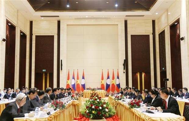 VN Laos continue to foster co-operation