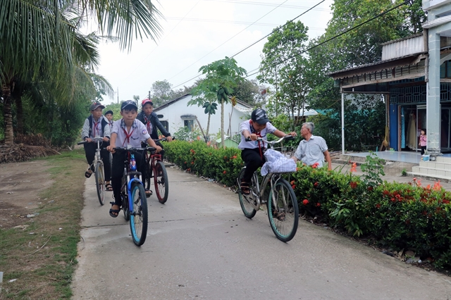 Nearly half of communes meet new-style rural area standards