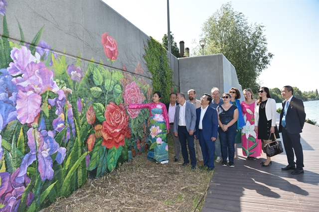 Mural inaugurated to celebrate Vietnamese French friendship