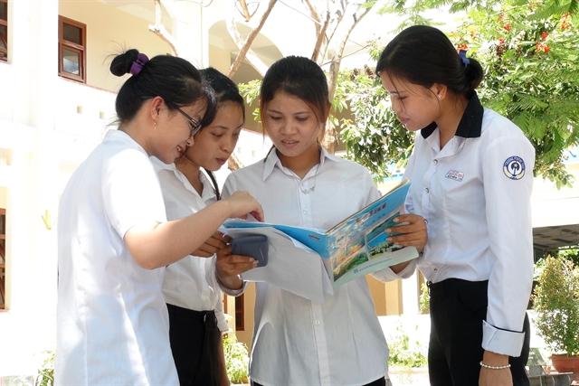 Students finishnational high school examination