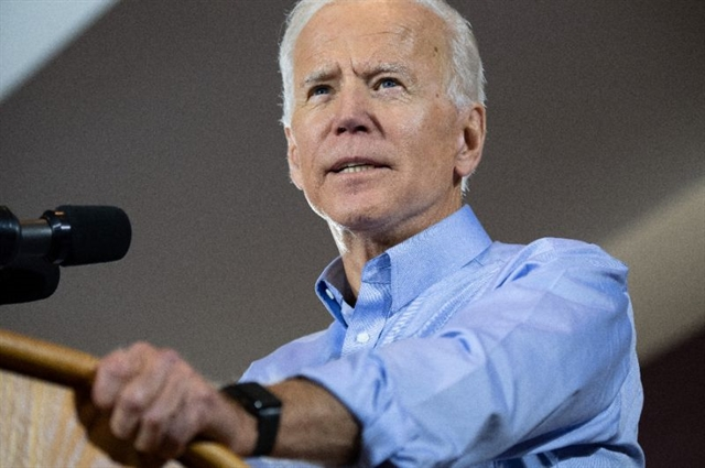 Biden in flip opposes ban on federal funds for abortion
