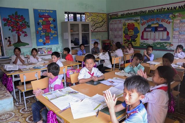 Teachers students overcome difficulties to go to school