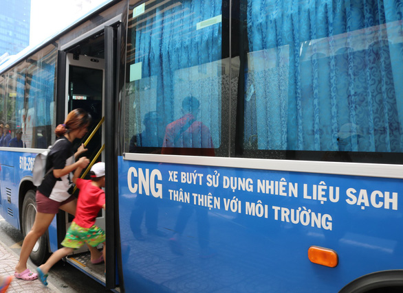HCM Citys eco-friendly buses face fuel shortage