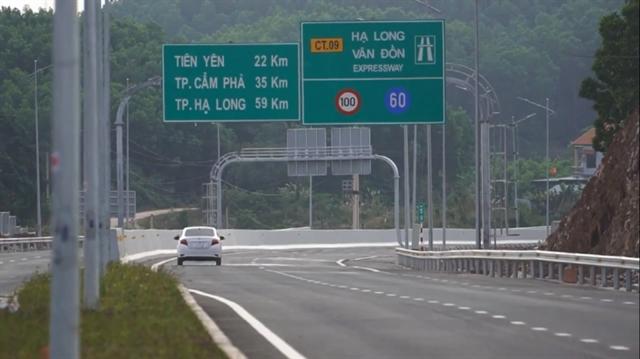 Quảng Ninh completes site clearance for Vần Đồn-Móng Cái Expressway