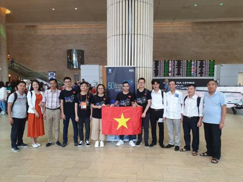 Việt Nam wins three gold medals at 50th International Physics Olympiad