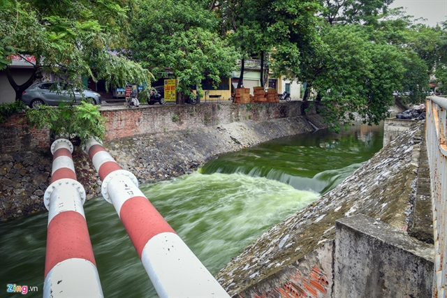 Tô Lịch River remains polluted
