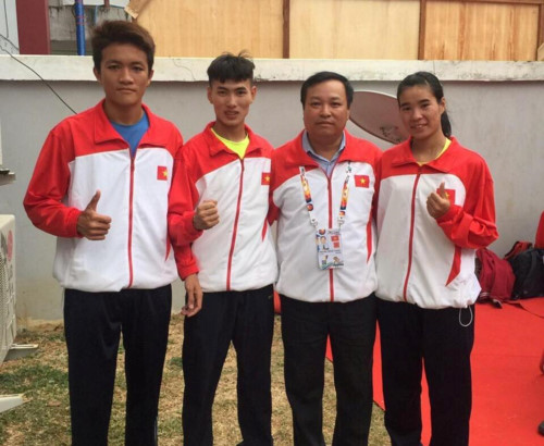 Việt Nam secure golds at student games