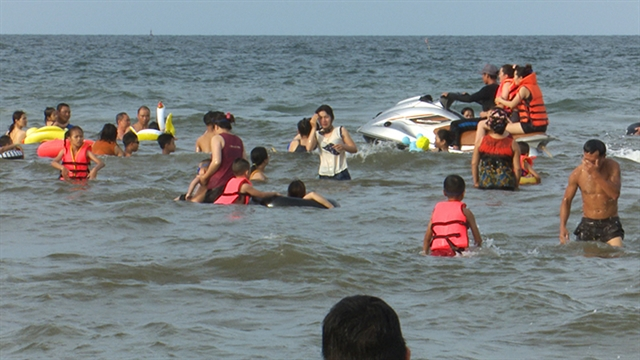 Nghệ An strengthens management of jet skis