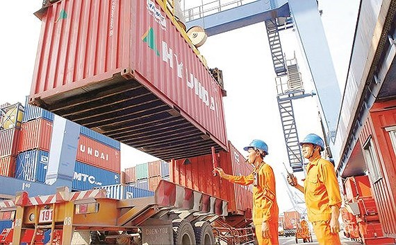 Việt Nam seeks foreign investment in ports