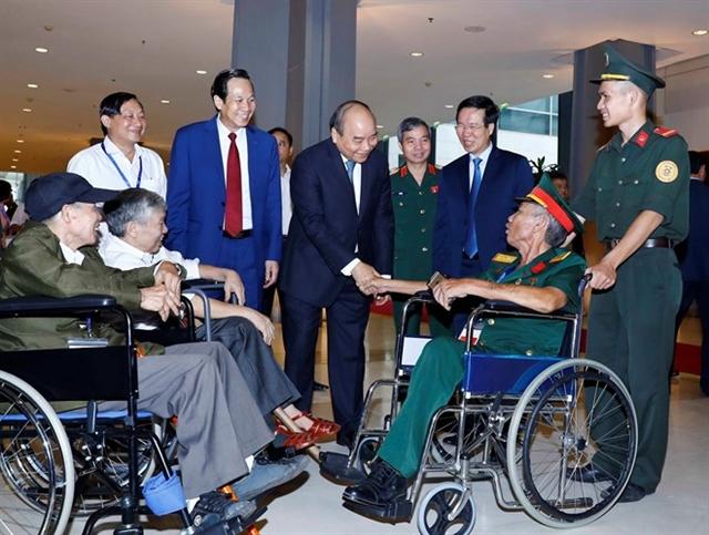 Hà Nội gathering honours Vietnamese heroes
