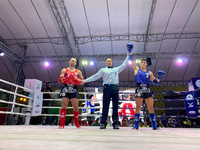 Nhất reaches semi-finals of World Muay Thai Championships