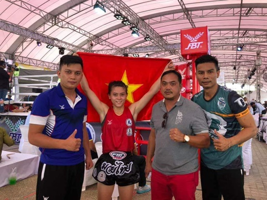 Hiếu wins gold at World Muay Thai Championships