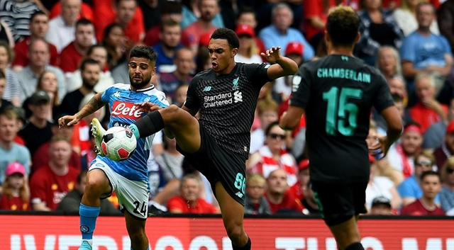 Insigne stars as Napoli thump Liverpool 3-0